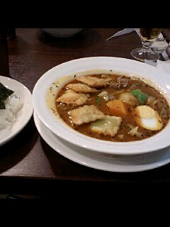 横浜スープカレー心