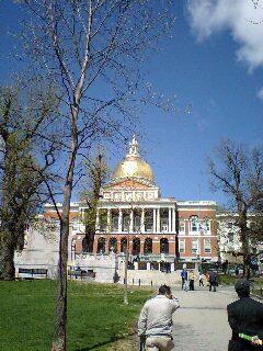 州会議事堂